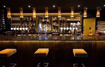Lush Bar & Restaurant